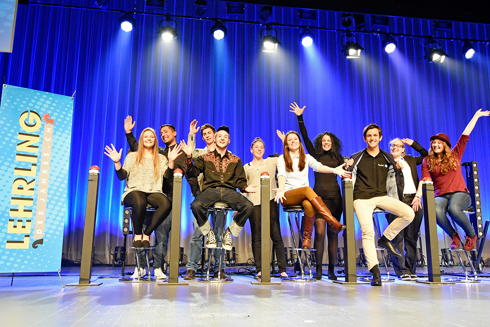 Die 10 Finalistinnen und Finalisten des «Lehrling des Jahres»  2014.